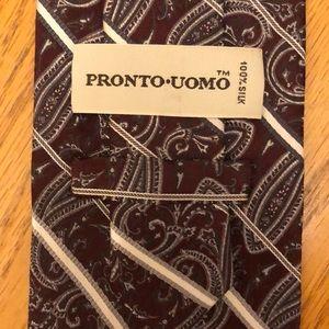 Pronto Uomo Silk Tie Maroon Gray Paisley Design